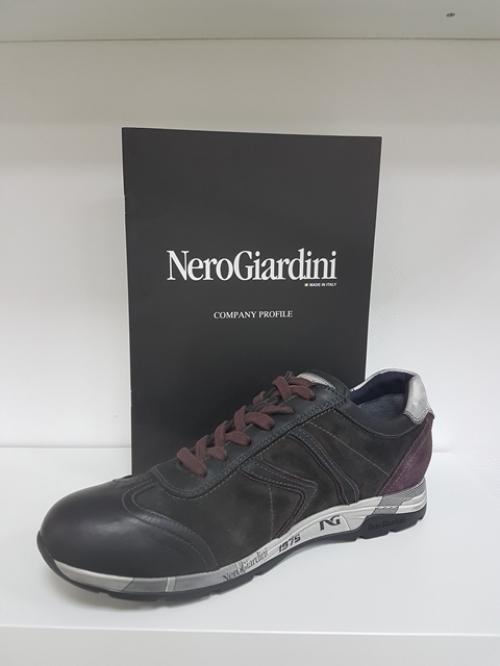 Мужские кроссовки NERO GIARDINI. Артикул: А6 04461 U 100