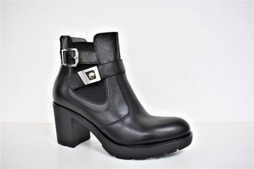 Женская обувь NERO GIARDINI A616520D